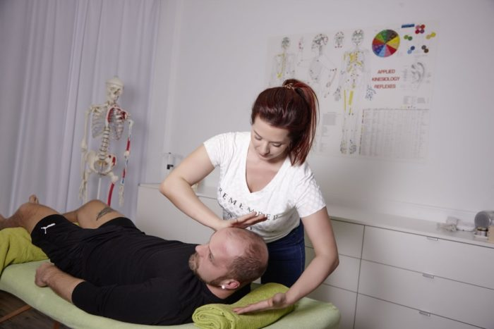 Applied Kinesiology Muskeltest
